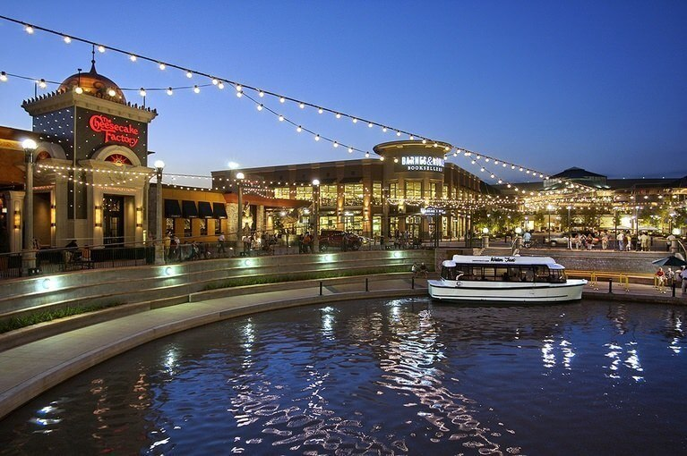 Waterfront in The Woodlands, TX